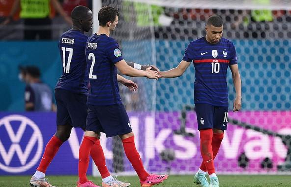 ฝรั่งเศส 3-1 ไม่ชนะ